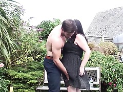 Obese British housewife fucking in the garden