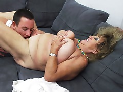 Mature BBW fucking and sucking her toy fellow